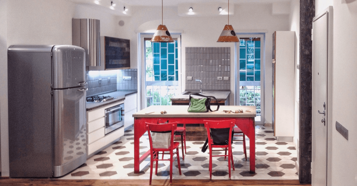 Guide To Choosing Right Hardware For Tampa Kitchen Cabinets